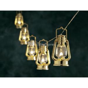 LED feestverlichting met gouden lantaarns